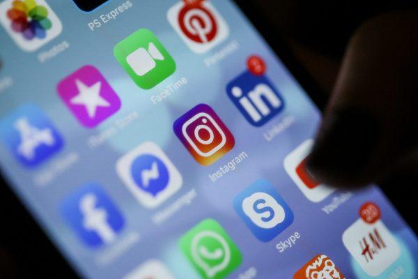 Social Media: Basic